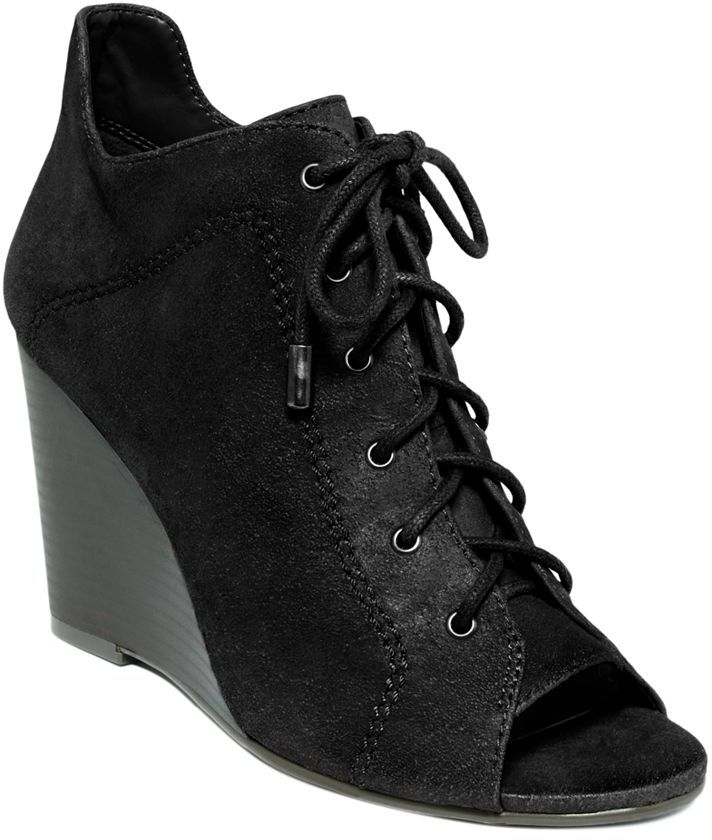 Jessica Simpson Shoes, Constance Wedge Booties