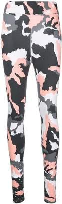 Nike camo leggings