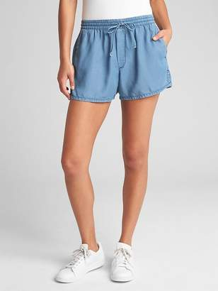 "Gap 3.5"" Drawstring Shorts in TENCEL"