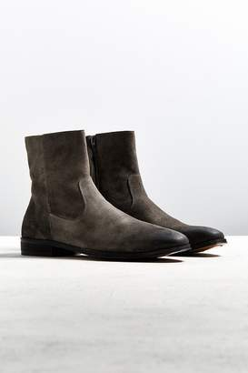 Urban Outfitters Lester Western Chelsea Boot