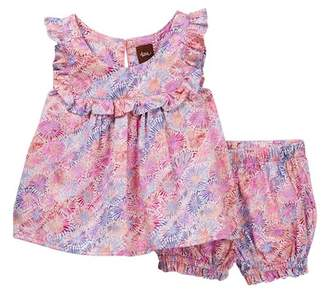 Tea Collection Red Mallee Flower Dreaming Baby Outfit (Baby Girls)