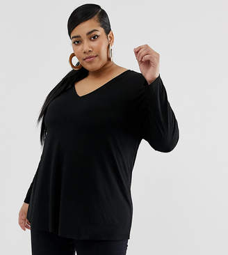 Asos DESIGN Curve oversized tunic with v-neck in black