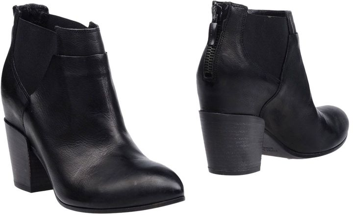 Janet & Janet Ankle boots - Item 11280875