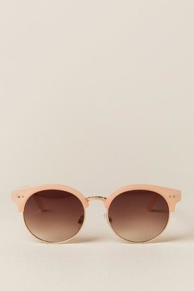francesca's Airdale New Classic Sunglasses - Nude