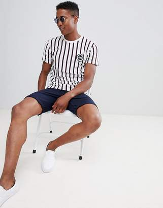 Hype Muscle T-Shirt In White Stripe