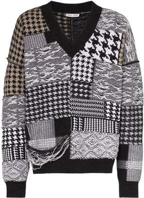Cmmn Swdn houndstooth patchwork distressed jumper