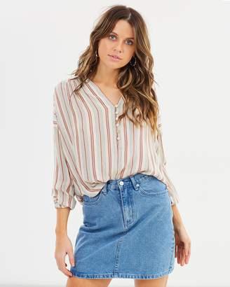 Amuse Society Sunny Shores Woven Shirt