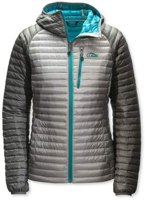 L.L. Bean L.L.Bean Women's Ultralight 850 Down Sweater Hooded Jacket, Colorblock