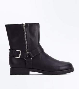 New Look Black Stirrup Side Mid Calf Biker Boots