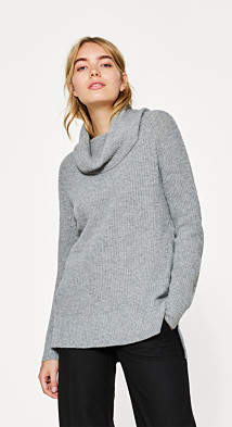 Esprit Polo neck jumper with a ribbed texture