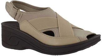 Easy Street Shoes Delight Womens Wedge Sandals