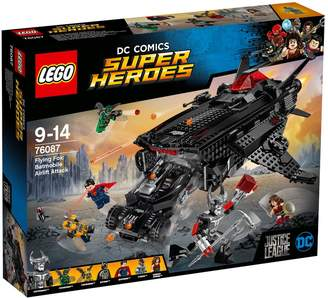 Lego DC Comic Super Heros: Flying Fox: Batmobile Airlift Attack