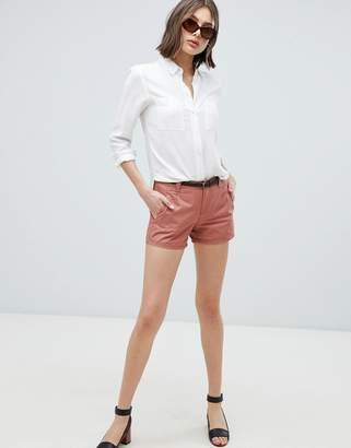 Vero Moda Belted Chino Shorts