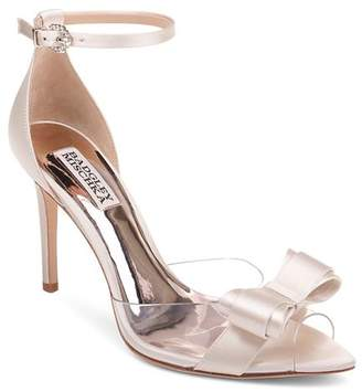 c5ed01cf9e6c Badgley Mischka Women s Lindsay Clear Peep Toe Pumps
