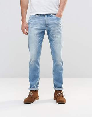 Wrangler Bostin Slim Jeans Sandstorm Light Distressed Wash