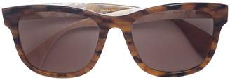 Oscar de la Renta wide framed sunglasses