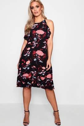 at boohoo boohoo Plus Kirsten Floral Frill Midi Dress