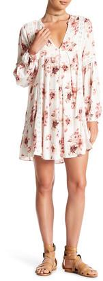 En Creme Long Sleeve Lace Dress $72 thestylecure.com