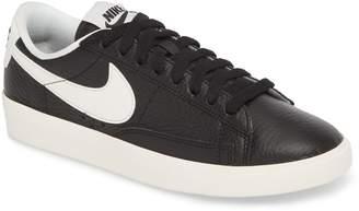 Nike Blazer Premium Low Sneaker