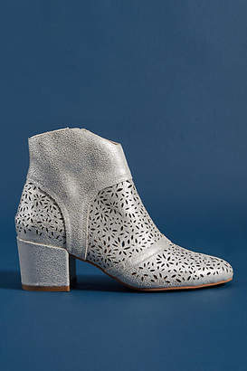 Silent D Pearsy Cut-Out Ankle Boots