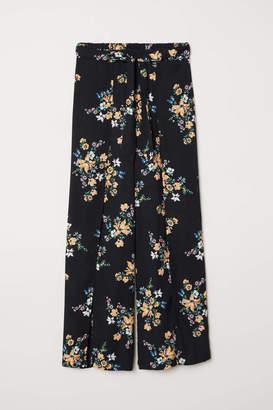 H&M Wide-leg Pants with Slits - Black/floral - Women