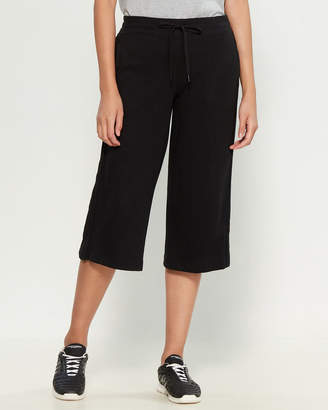 Andrew Marc Lounge Jersey Crop Pants