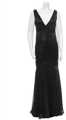 Vera Wang Gown $140 thestylecure.com