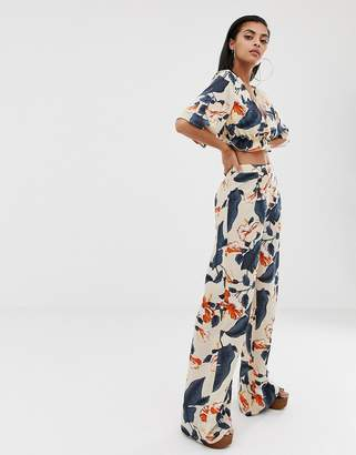 PrettyLittleThing wide leg beach pants two-piece in floral