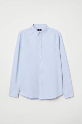 H&M Oxford Shirt Regular fit - Light blue - Men