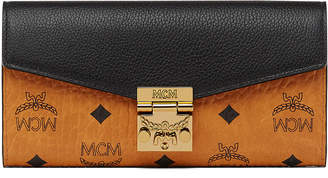 MCM Patricia Two Fold Wallet With Chain In Visetos Leather Block