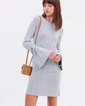 Sass Tallulah Bell Sleeve Dress