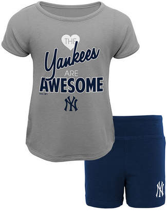 New York Yankees Outerstuff Greatness Short Set, Toddler Girls (2T-4T)