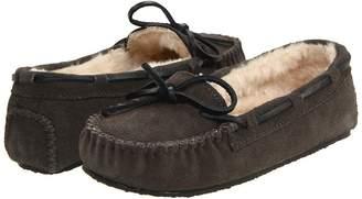 Minnetonka Cally Slipper Women's Moccasin Shoes