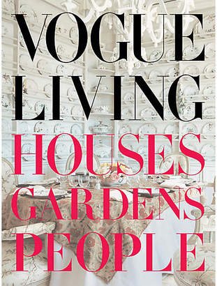 Penguin Random House Penguin Random House, Inc. Vogue Living: Houses - Gardens - People