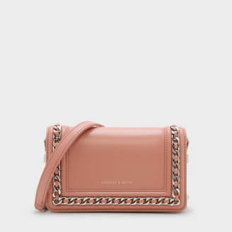 Charles & Keith (チャールズ & キース) - チェーンディテール クラッチ / CHAIN-DETAIL CLUTCH
