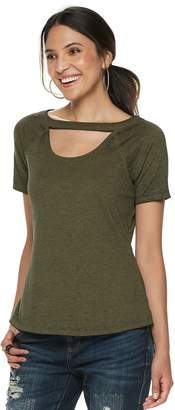 Rock & Republic Women's Keyhole Front Short Sleeve Top