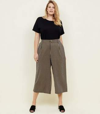 New Look Curves Black Stripe Twill Belted Culottes