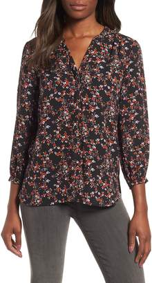 Gibson Back Pleat Blouse