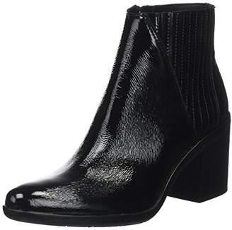 d71b5fa8c657 Calvin Klein Women s Volise Crinkle Patent Chelsea Boots