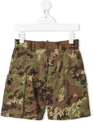 DSQUARED2 camaouflage shorts