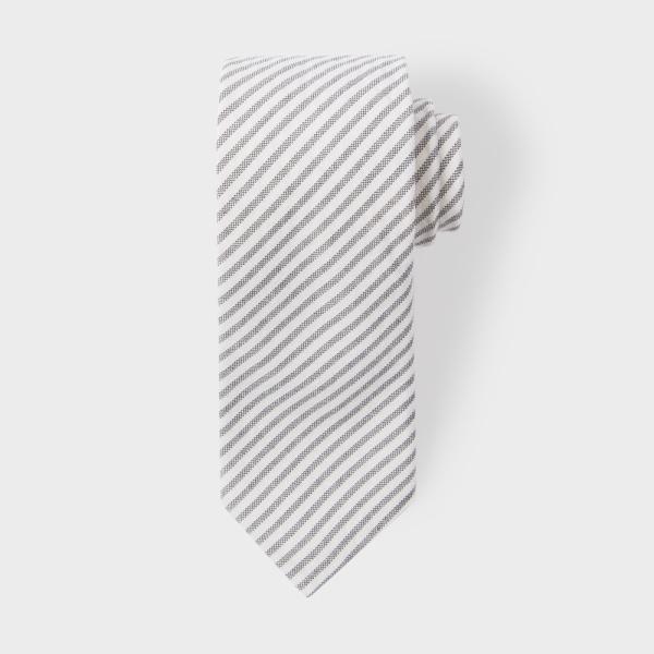 Paul SmithMen's Black And White Diagonal Stripe Narrow Cotton Seersucker Tie