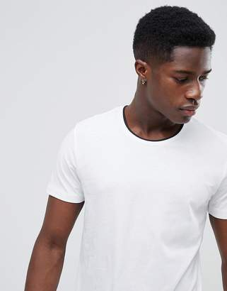 Selected T-Shirt With Contrast Neck Details