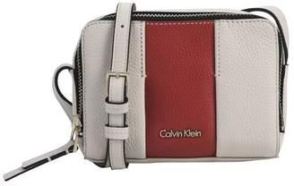 Calvin Klein (カルバン クライン) - カルバン クライン メッセンジャーバッグ