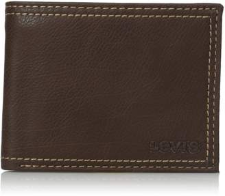 Levi's Men's Traveler Wallet With Interior Zipper, brown