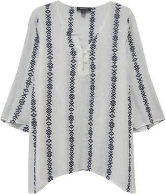 Karen Kane Embroidered Side Split Top