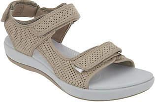 Clarks CLOUDSTEPPERS by Adjustable Sport Sandal- Brizo Sammie