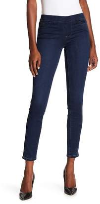Tractr Mid Rise Pull On Skinny Jeans