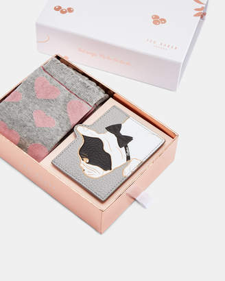 Ted Baker INIS Cotton Dog sock and card holder gift set