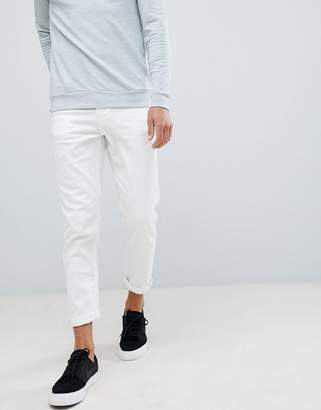 New Look tapered jeans in white