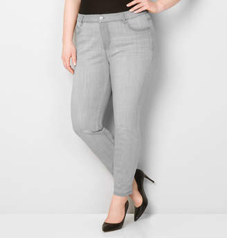 Avenue Washed Skinny Jean in Grey